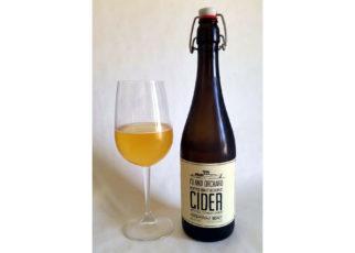 Island Orchard Cider Herbaceous Beast Hopped Brut Reserve Cider
